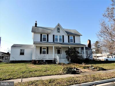 Aberdeen Single Family Home For Sale: 318 Roberts Way