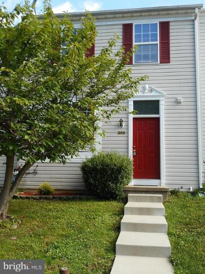 Aberdeen Townhouse For Sale: 206 Woodland Green Way