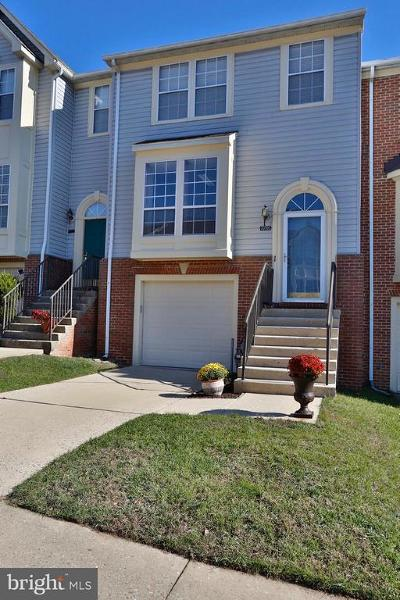 Ellicott City Townhouse For Sale: 7776 Blueberry Hill Lane
