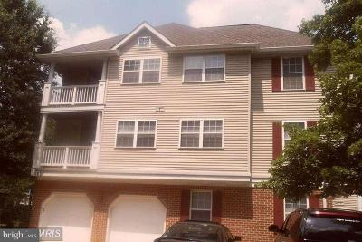 Columbia Single Family Home For Sale: 5834 Wyndham Circle N #301