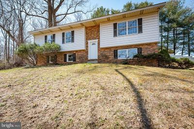 Ellicott City Single Family Home For Sale: 8458 Rolling Ridge Court