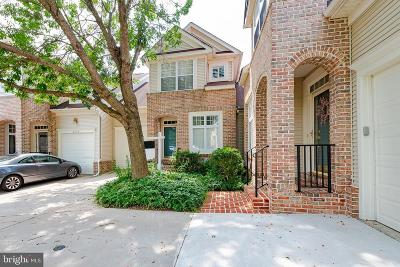 Howard County Condo For Sale: 2137 Turnberry Way #15