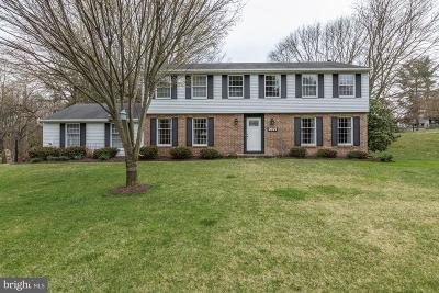Ellicott City Single Family Home For Sale: 9875 Foxhill Court