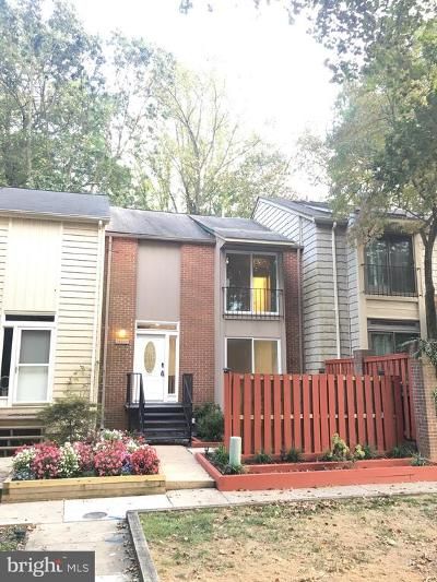 Columbia Townhouse For Sale: 10407 Maywind Court