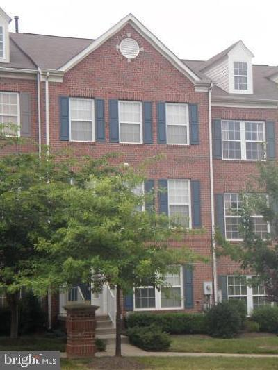 River Hill, River Hill Area, River Hill Pointers Run Rental For Rent: 5903 Distant Bugles Court #A3-32