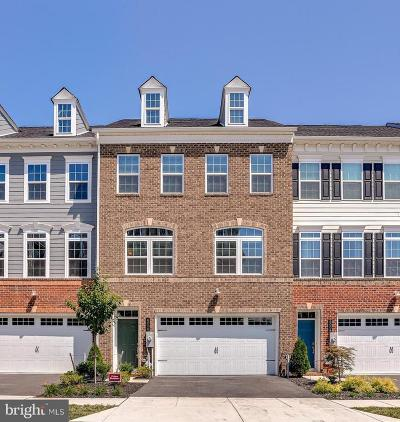 Ellicott City Townhouse For Sale: 6006 Charles Crossing