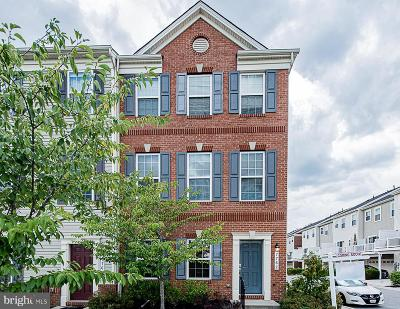 Howard County Townhouse For Sale: 7762 Coriander Place
