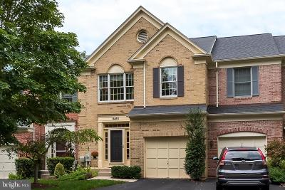 Ellicott City Townhouse For Sale: 8465 Timberland Circle