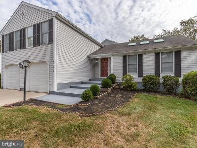 Columbia Single Family Home For Sale: 6301 Hidden Clearing