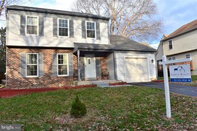 Gaithersburg Single Family Home For Sale: 7505 Cinnabar Terrace