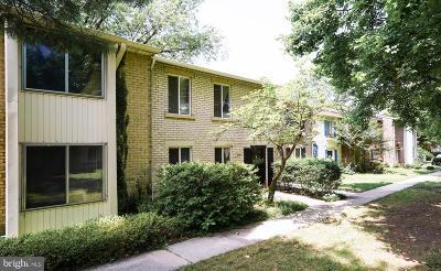 Gaithersburg Townhouse For Sale: 9632 Marston Lane