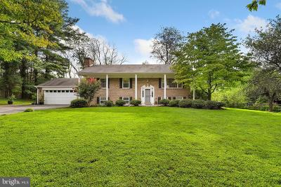 Gaithersburg Single Family Home For Sale: 22600 Woodfield Road