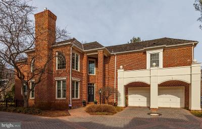 Montgomery County Single Family Home For Sale: 9121 Town Gate Lane