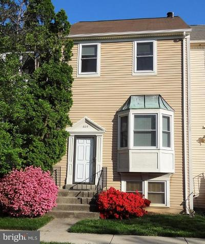 Gaithersburg Townhouse For Sale: 805 Bayridge Drive