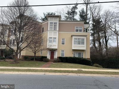 Bethesda MD Condo For Sale: $965,000
