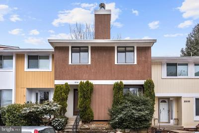 Germantown MD Townhouse Under Contract: $220,000