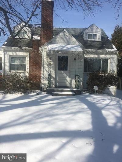 Clarksburg MD Single Family Home For Sale: $195,900
