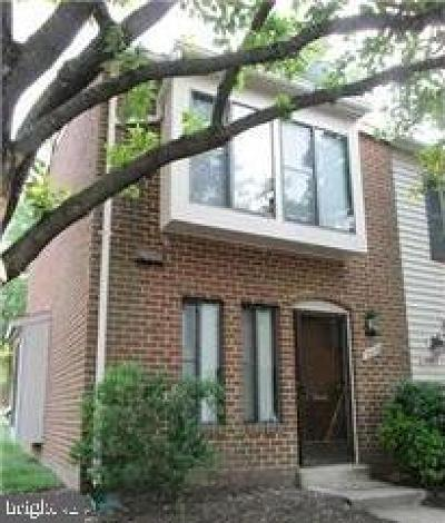 Montgomery County Townhouse For Sale: 19400 Brassie Place