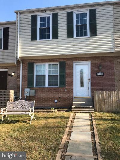 Townhouse For Sale: 9114 Bramble Bush Court