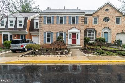Bethesda Townhouse For Sale: 7441 Crestberry Lane
