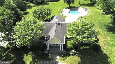 Potomac Single Family Home For Sale: 10600 Unity Lane