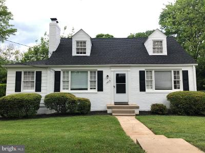 Bethesda Single Family Home For Sale: 9215 Wadsworth Drive