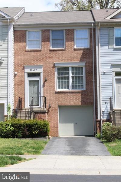 Germantown Townhouse For Sale: 12427 Walnut Cove Circle