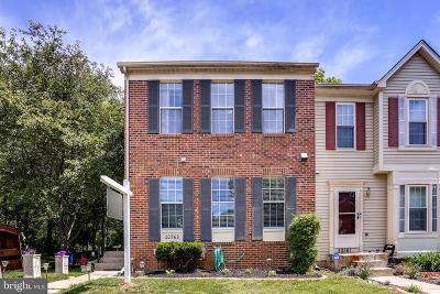 Germantown Townhouse For Sale: 20563 Lowfield Drive