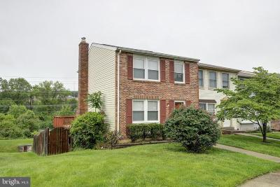 Germantown Townhouse For Sale: 19542 Twinflower Circle