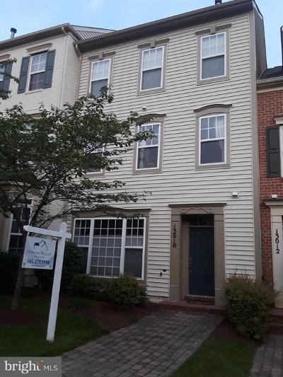 Clarksburg Townhouse For Sale: 13010 Clarksburg Square Road