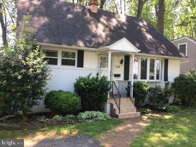 Rockville Single Family Home For Sale: 724 Beall Avenue