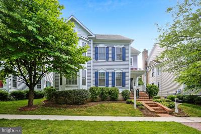 Rockville Single Family Home For Sale: 607 Crooked Creek Drive
