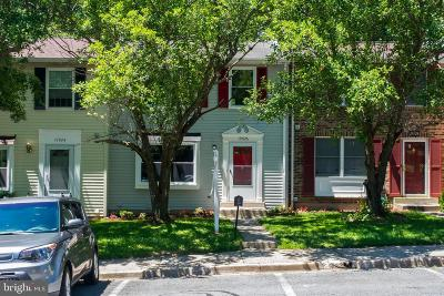 Gaithersburg Townhouse For Sale: 19926 Buhrstone Drive