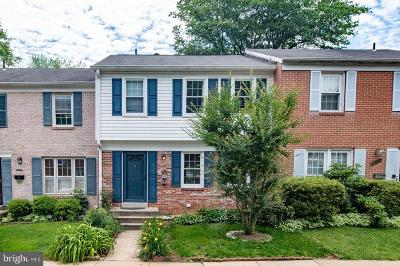 Montgomery County Townhouse For Sale: 952 Paulsboro Drive