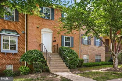 Silver Spring Townhouse For Sale: 11789 Carriage House Drive #27