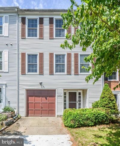 Gaithersburg Townhouse For Sale: 1329 Carlsbad Drive