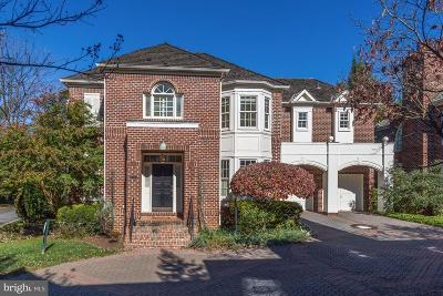 Bethesda Single Family Home For Sale: 9122 Town Gate Lane