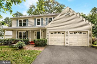 Gaithersburg Single Family Home For Sale: 23615 Rolling Fork Way