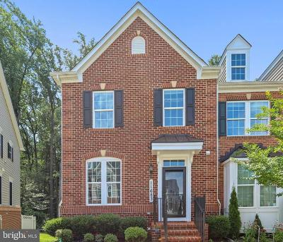 Clarksburg Townhouse For Sale: 11683 Emerald Green Drive