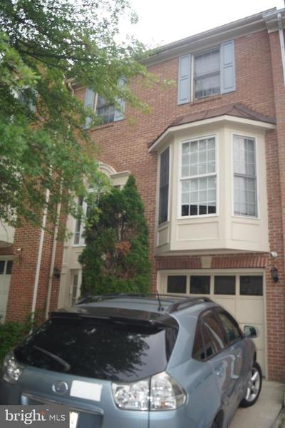 Silver Spring Townhouse For Sale: 2122 Wagon Trail Place