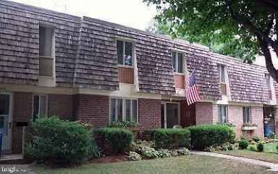 Gaithersburg MD Townhouse For Sale: $299,000