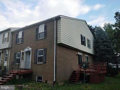 Gaithersburg Condo For Sale: 555 W Diamond Avenue #32
