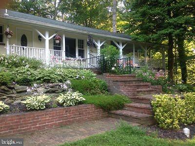 Brookeville Single Family Home For Sale: 20800 Georgia Avenue