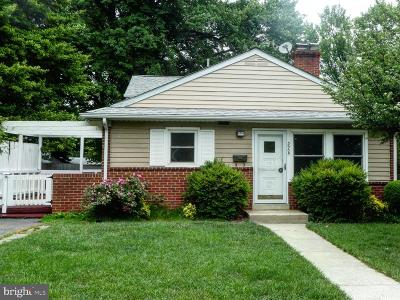 Silver Spring Single Family Home For Sale: 3905 Lantern Drive