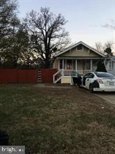 Landover Single Family Home For Sale: 1526 Hunt Avenue