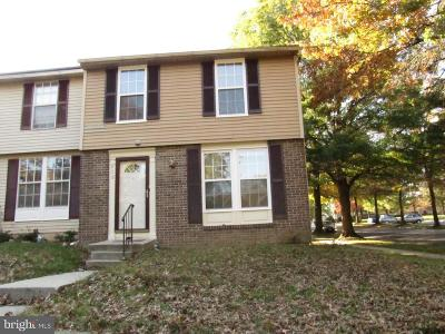 Capitol Heights Townhouse For Sale: 438 Shady Glen Drive