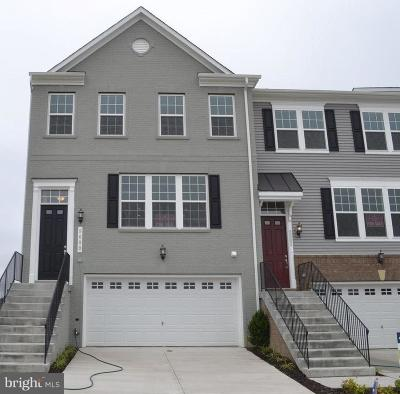 Upper Marlboro Townhouse For Sale: 9600 Parkstone Drive
