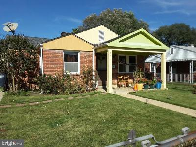 Hyattsville Single Family Home For Sale: 2414 Fordham Place