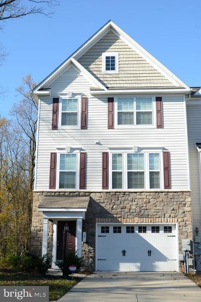 Capitol Heights Townhouse For Sale: 2 Thomasson Court