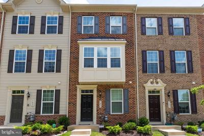 Upper Marlboro Townhouse Under Contract: 5604 Glover Park Drive